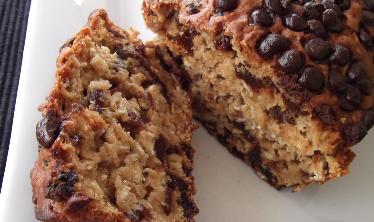 Cake And Loaf Recipes: Fruit And Oats Loaf Cake