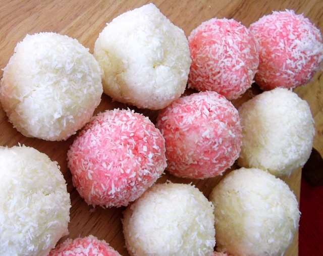 Holiday Gifts: Coconut Snowballs   Recipe Adaptors