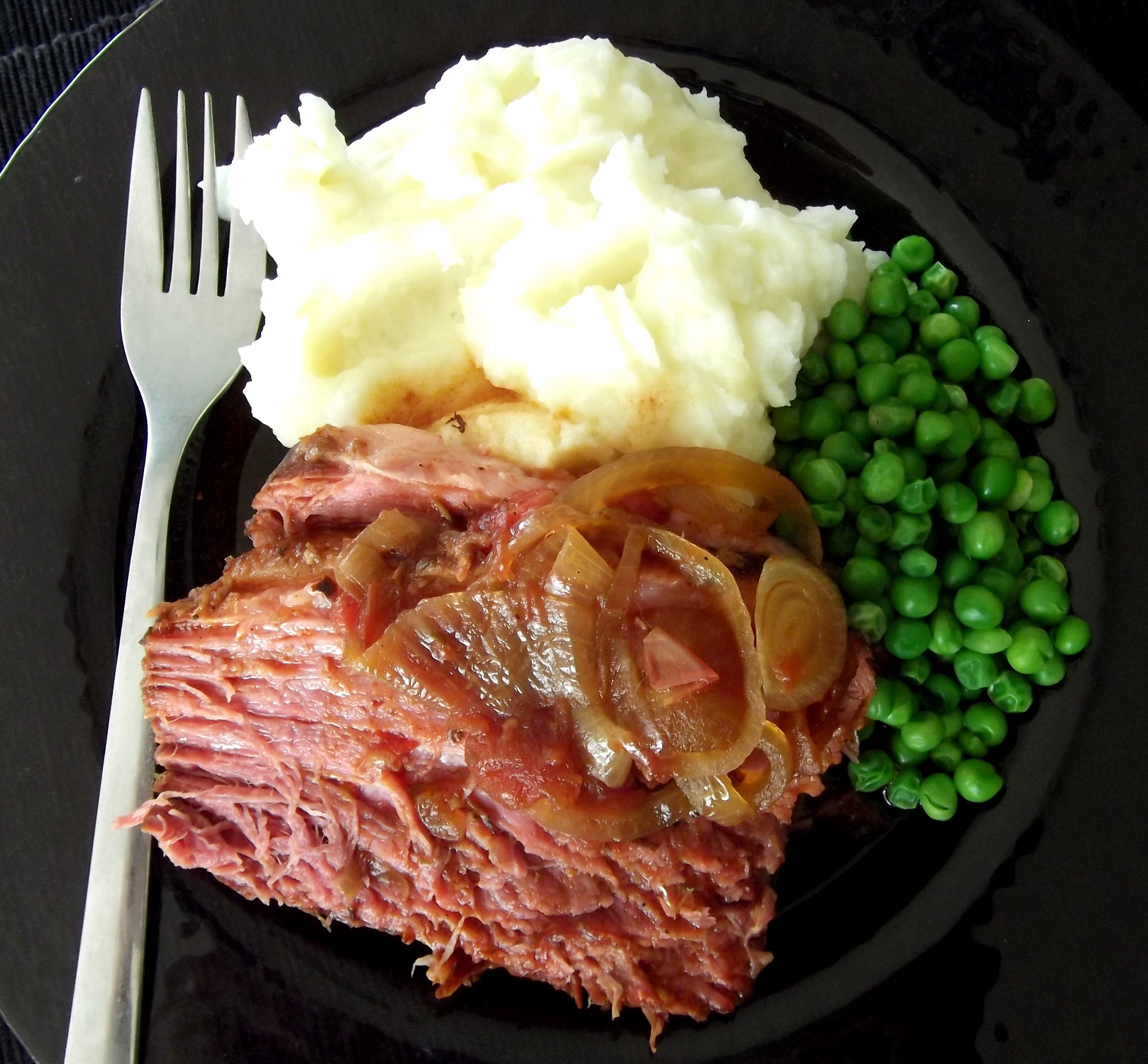 how to slow cook corned beef silverside fast