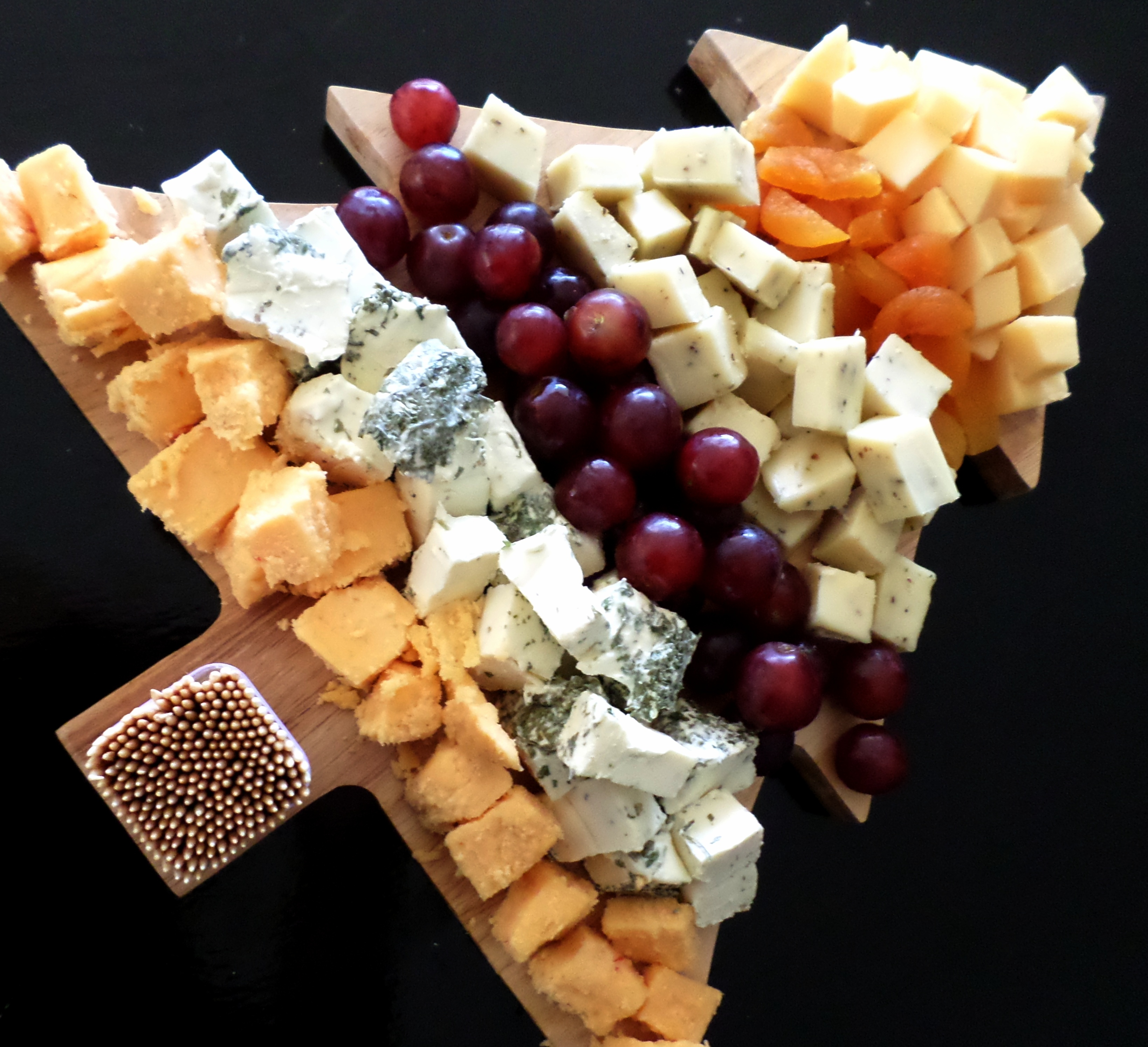 Cheese Board Ideas Pictures: Last Minute Party Food: Christmas Cheese Board And Honey