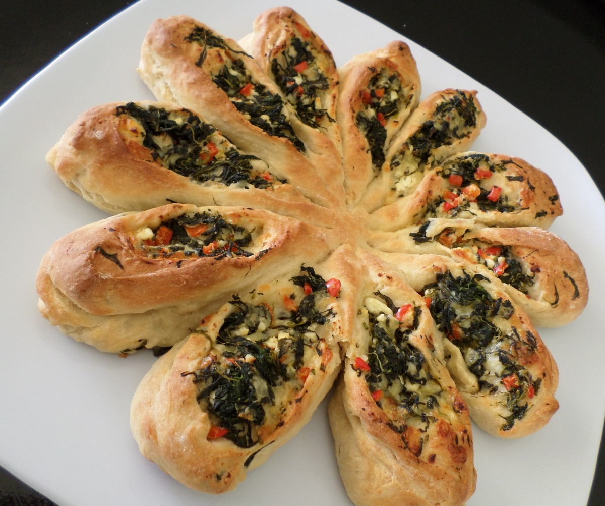 Two Cheese And Spinach Pull Apart Bread Recipe Adaptors