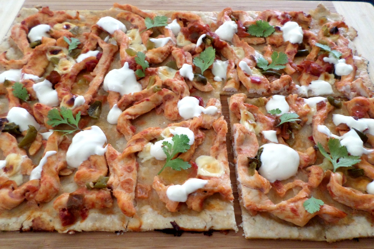 Mexican Chicken Loaded Flatbread | Recipe Adaptors
