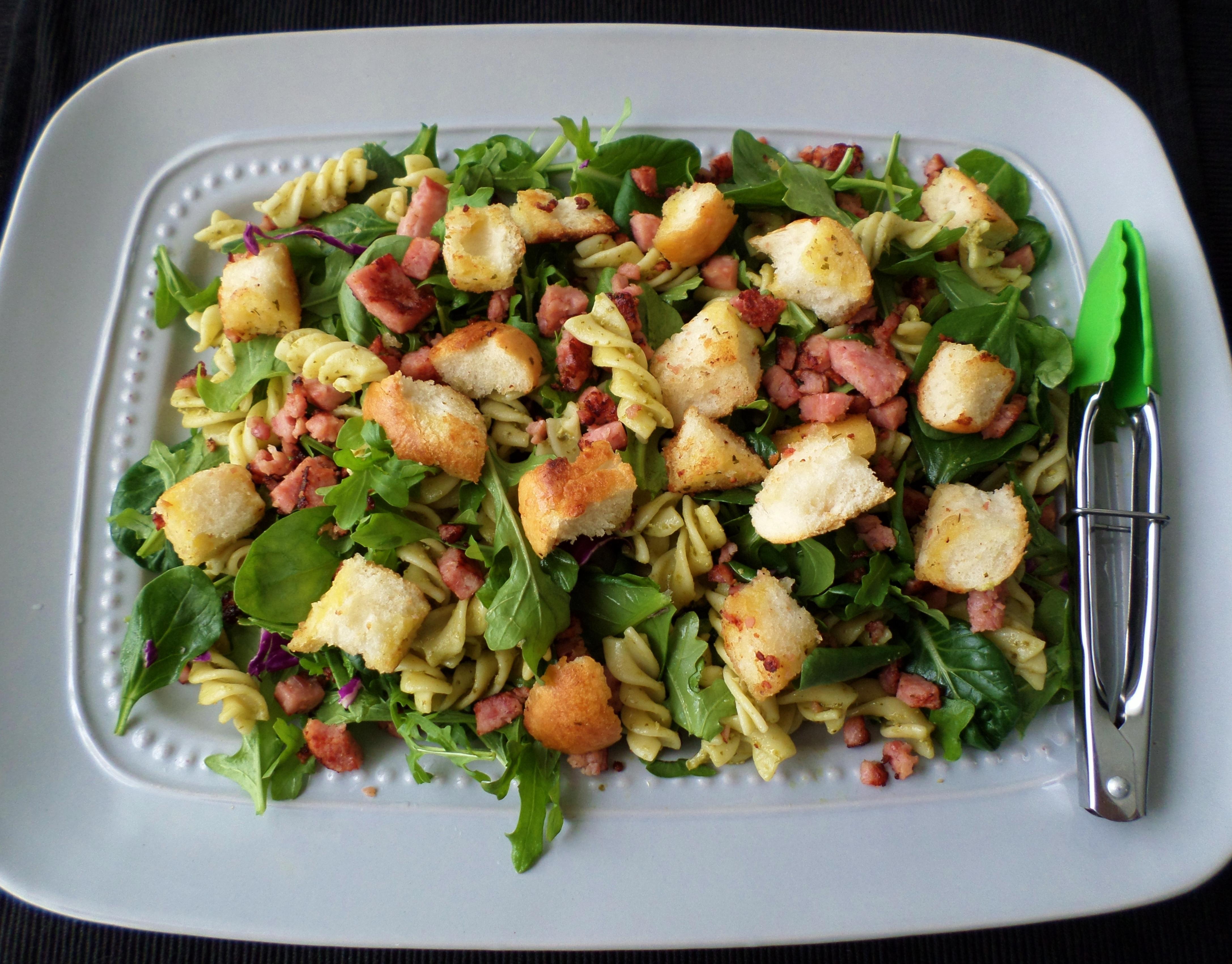 Pesto Pasta Salad with Bacon plus Garlic Croutons | Recipe Adaptors
